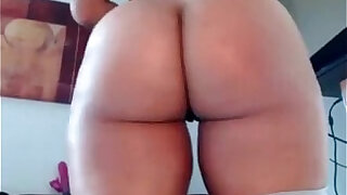 Slut playing With Great Looking Ass Up Close
