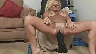 Alluring Sexy Mature Secretly Screwed