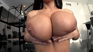 LiveGonzo Lisa Ann Busty Slut Gets dicked Down and Dirty