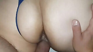 Big booty babe in stockings gets fucked