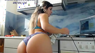 Babe public flashing her tits and pussy live porn webcam